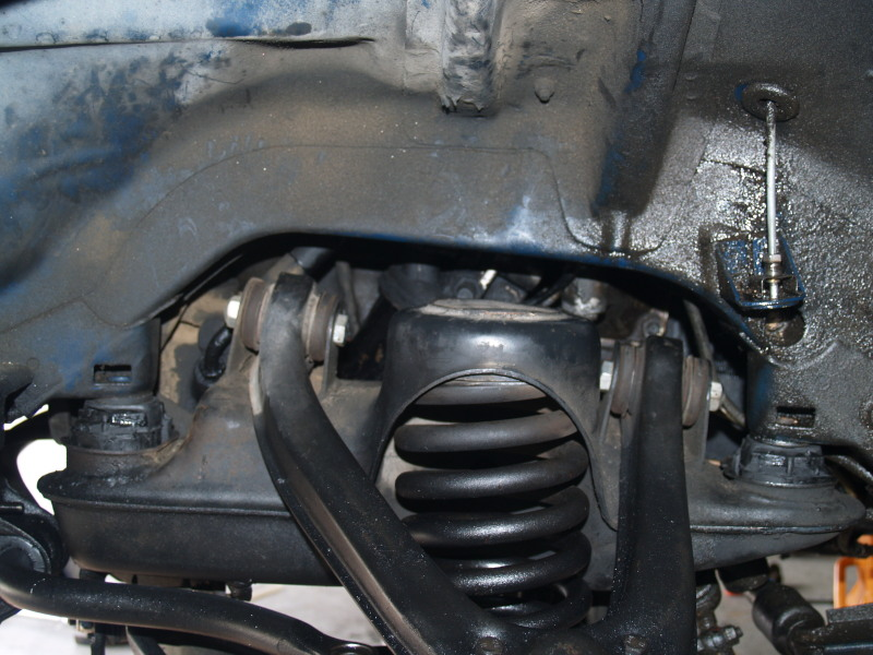 240D subframe bushing and engine mount install-pressed.jpg