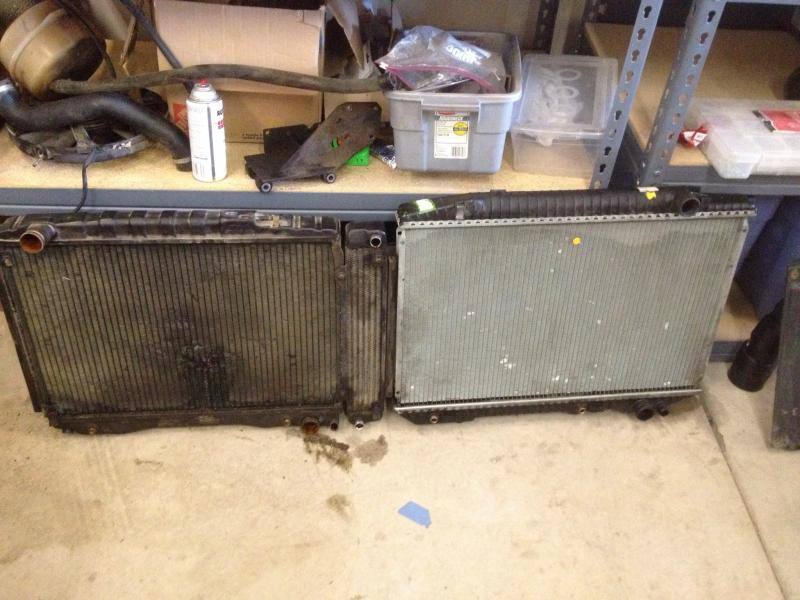 W126 radiator in 107?-radiator-comparo.jpg