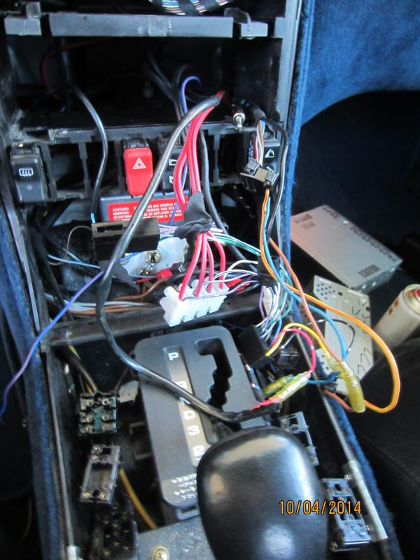 1991 500SL wiring for radio - Mercedes-Benz Forum