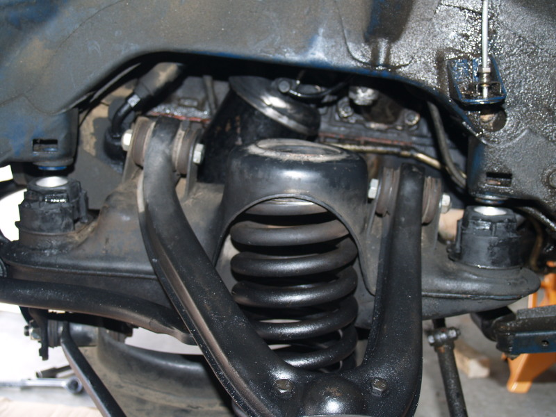 240D subframe bushing and engine mount install-ready-press.jpg