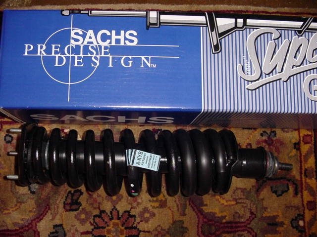 replacing rear shocks and springs 1999 ml320 question-rear-strut-ml320.jpg