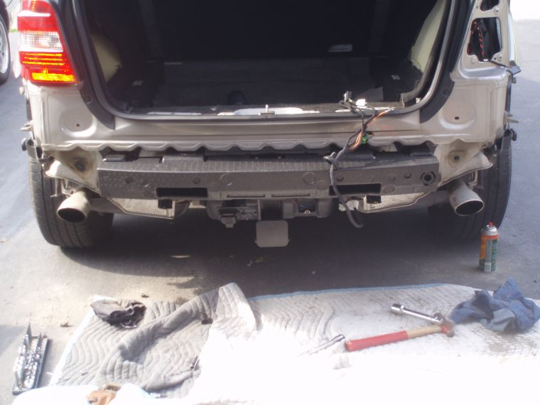 2006 Ml350 Bumper Removal Amp Hitch Install Pictures