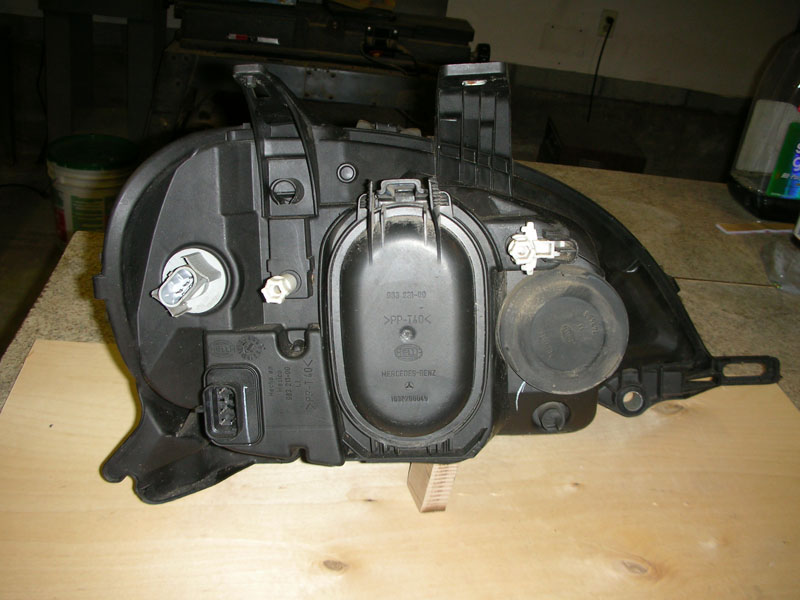 2000 ML Headlight Assemblies - Left and Right-right-right-back.jpg
