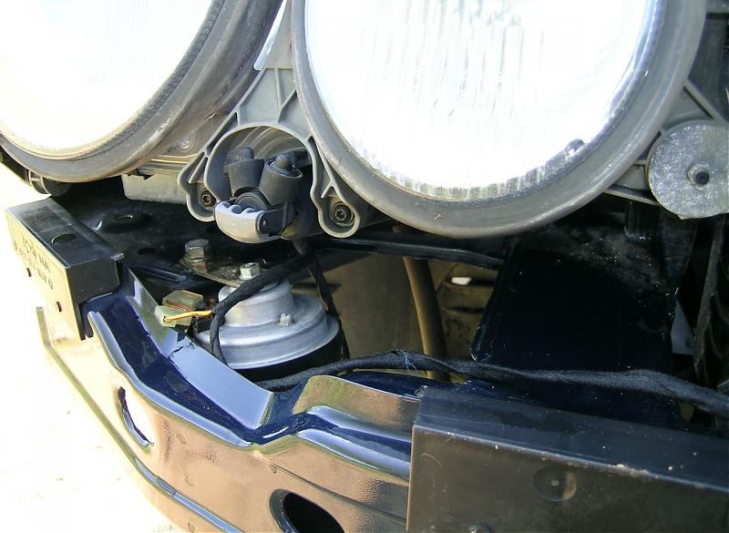 Mercedes W210 low tone horn