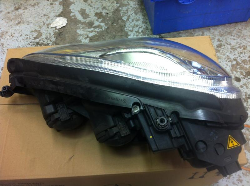 2006 S500 Passenger side headlight FOR SALE-s500-hl-2.jpg