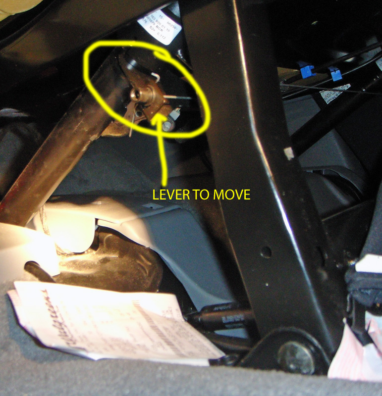 Having problems getting seats back up in ML320-seatleverd.jpg