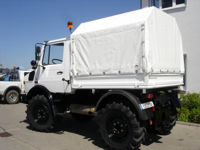 Click image for larger version Name U1400-DMT9l.jpg Views 4718 Size & Canvas canopy - Mercedes-Benz Forum