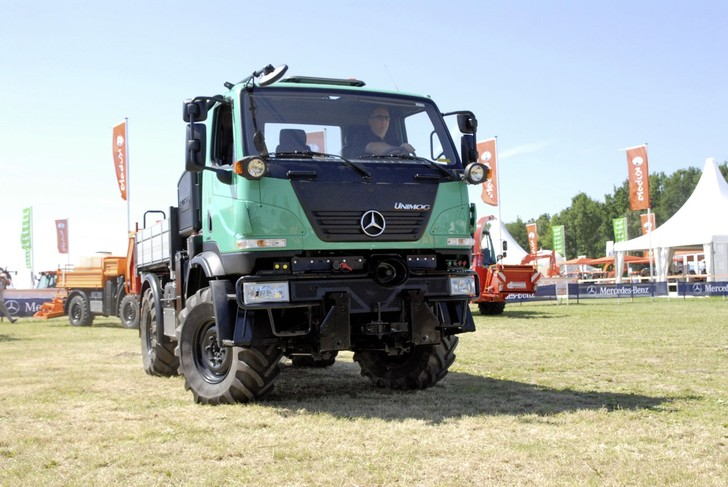 2014 UGN Unimog-unimog-iaa-commercial-vehicle-show-728x487.jpg