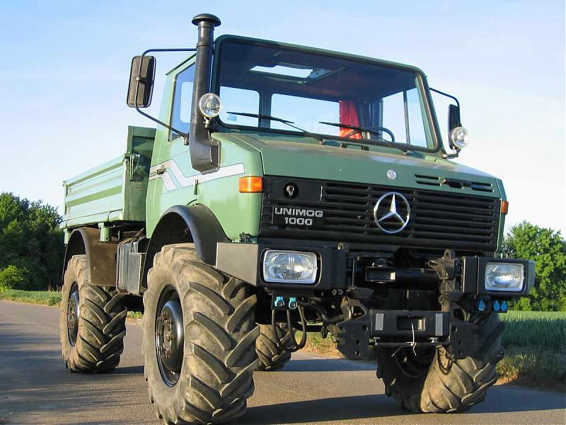 How About Some Color Opinions For A U1200 Mercedes Benz