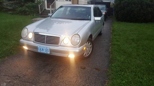 Showcase cover image for kylemk16's 1999 Mercedes-Benz e320 4matic