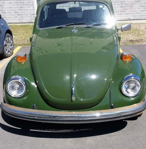 Showcase cover image for Maxdoogle's 1971 Volkswagen Beetle