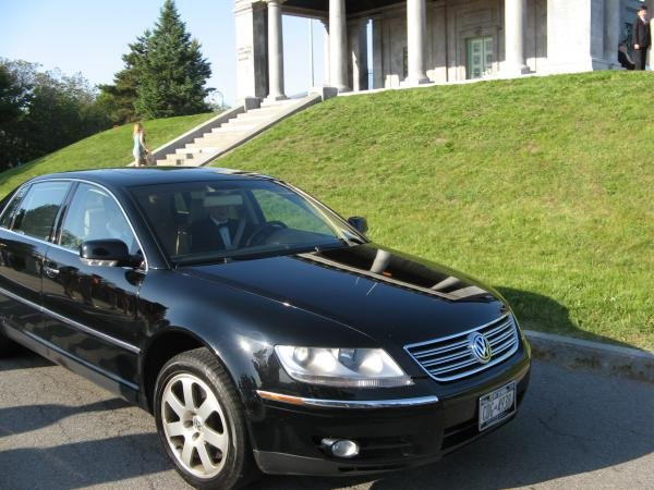 Showcase cover image for petesr129's 2004 VW Phaeton