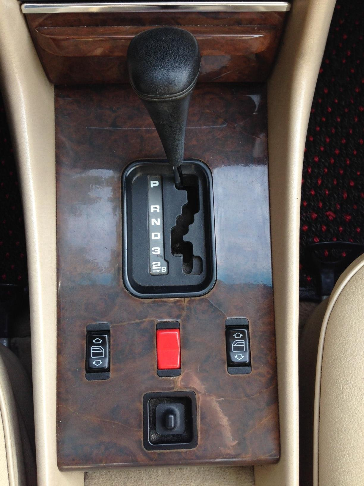 Mercedes  560sl r107 Window Switch for driver window located in center console