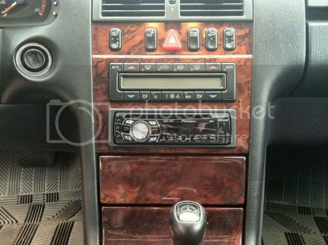 Aftermarket radio: '99 E300TD   Mercedes-Benz Forum