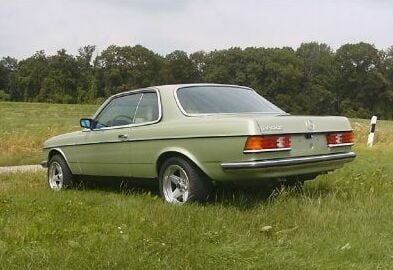 Cool and rare w123's | Mercedes-Benz Forum