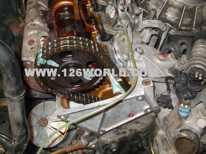 W126 V8 Mercedes Timing Chain + Guide Install | Mercedes