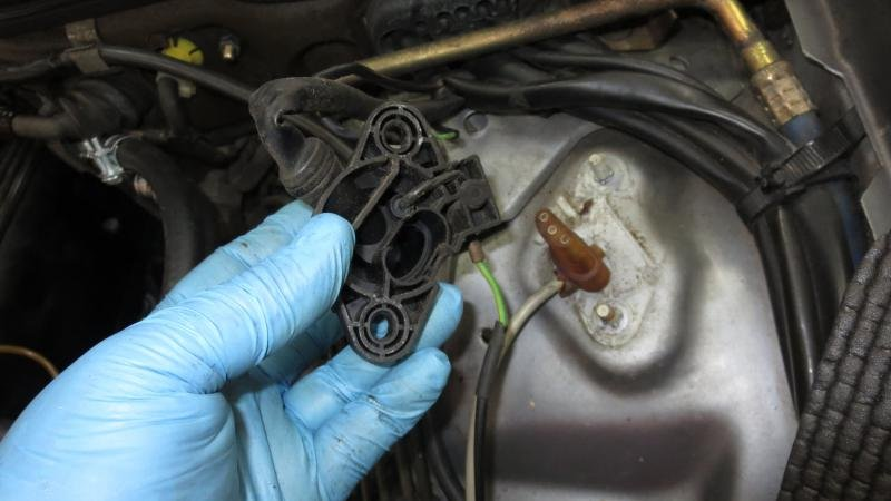 87 560 SEL: Crankshaft Position Sensor - is it being used