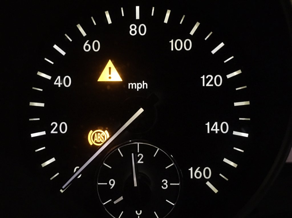 ABS and ESP Warning Light On | Mercedes-Benz Forum