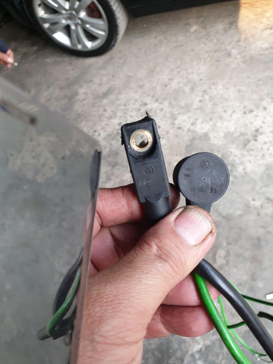 BREMI Crankshaft Pulse Sensor Black For MERCEDES Amg GT Roadster Sl 2769051200