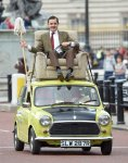 showbiz-mr-bean-25th-anniversary-rowan-atkinson-2.jpg